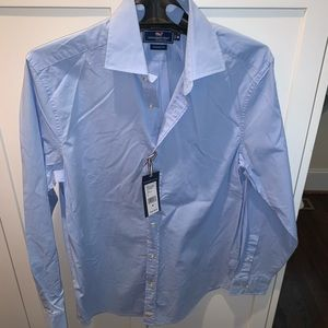 NWT Vineyard Vines Classic Fit; Club Car; size M